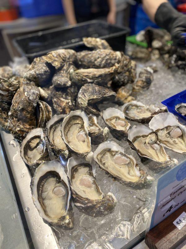 Tasmania Jumbo Oyster