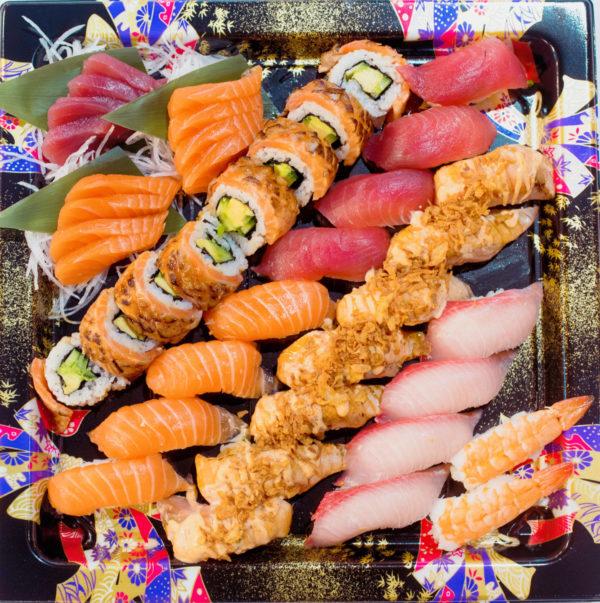 Aburi Sushi Sashimi Platter